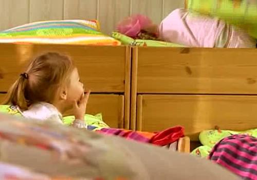 Pastāsti bērnudārza audzinātājai par nakts enurēzi