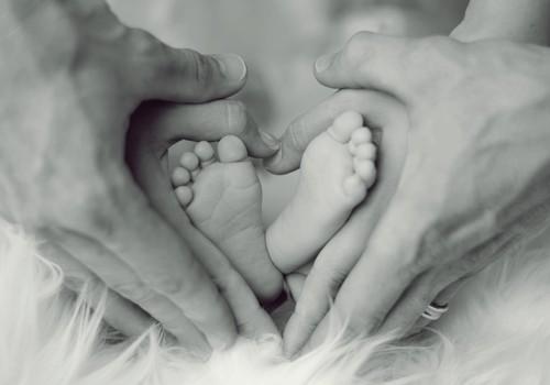 Pāra attiecības mazuļa pirmajā dzīves gadā mainās. Vairāk par pārmaiņām īpašā lekcijā 29.februārī