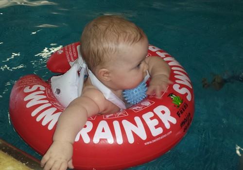 Superbēbītes māmiņa: Ziema? Nekas, mēs ejam peldēties!