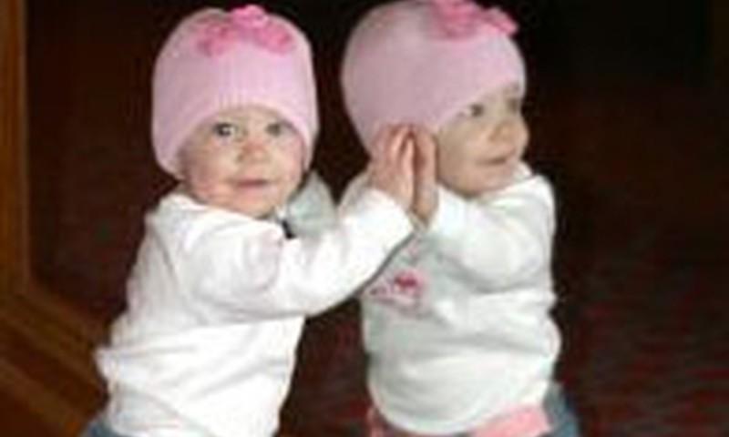 Vai ļaut bērnam skatīties spogulī?