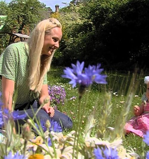 VIDEOhoroskops māmiņām: Kāds ziediņš ir Tavs bērns?
