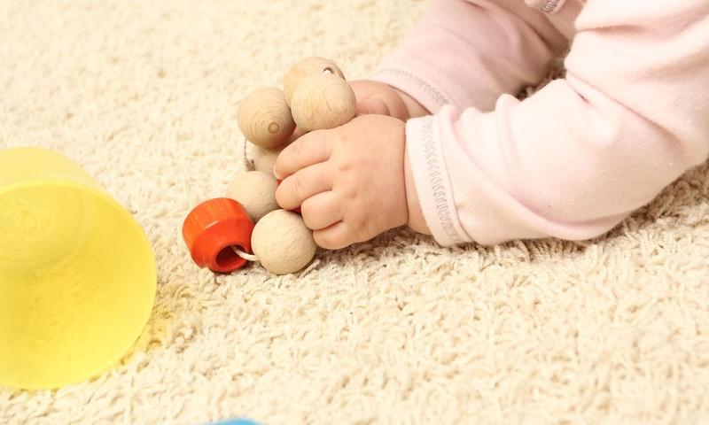 No aprīļa sensorās nodarbības bērniem no 6 mēnešu līdz 12 mēnešu vecumam