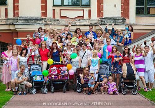 Fotosesija Jelgavā par godu Lielajai ratu pastaiga -2 notika!