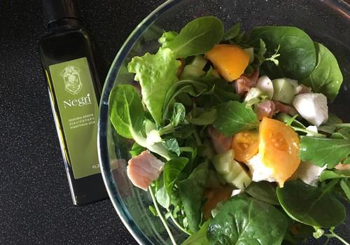 Lai dzīvo salāti ar kvalitatīvu olīvelļu!