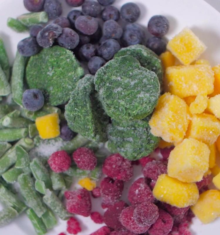 Dārzeņus saldētavā nav ieteicams uzglabāt ilgāk par 12 mēnešiem