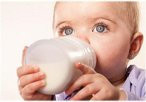 APTAUJA: Kā Tu izvēlies mākslīgo piena maisījumu, ko lietot savam mazulim?