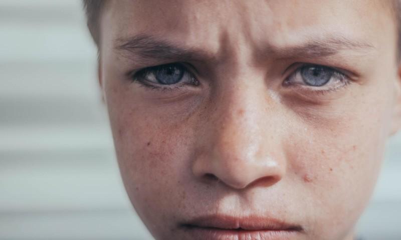 """Kas vecākiem ir jāizstāsta bērniem par drošu """"TikTok"""" lietošanu un kas jādara pašiem?"""