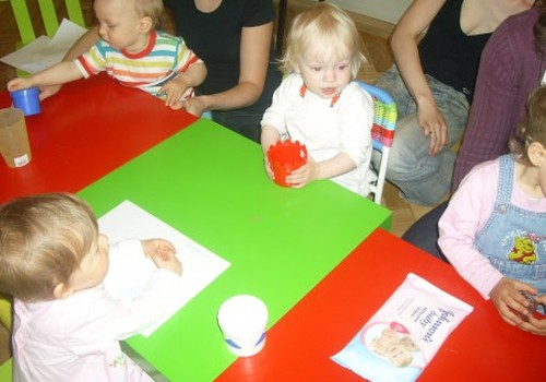 Mūsu pirmā attīstības  nodarbība Māmiņu Klubā