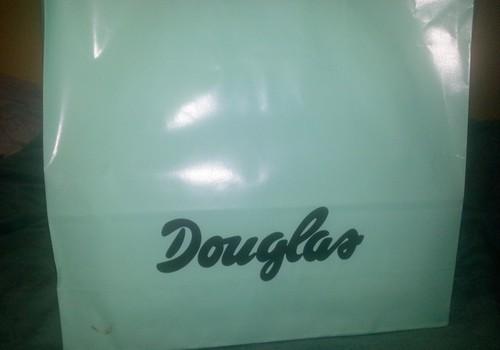 Mīlu iepirkšanos Douglass e-veikalā!