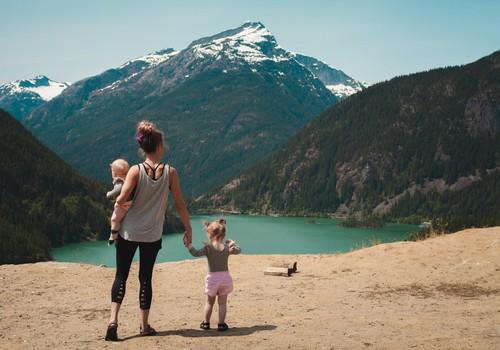 Brīvdienas ārzemēs kopā ar bērniem – ieteikumi ģimenēm drošai ceļošanai