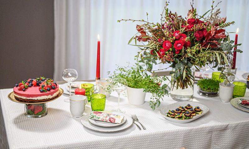 Rimi Gardēdes Liene Zemītes uzkodas un kūka Baltā galdauta svētkiem