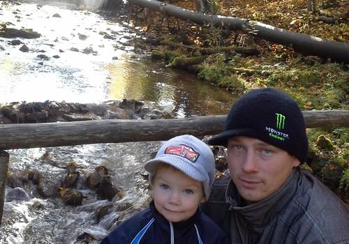 Lauris un cepures 3 gadu garumā