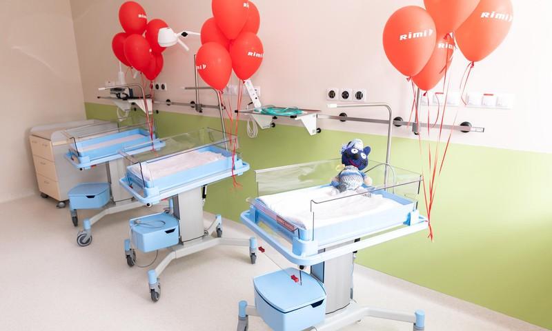 Saziedoti nepieciešamie līdzekļi Bērnu slimnīcas priekšlaikus dzimušo bērnu gultiņu iegādei
