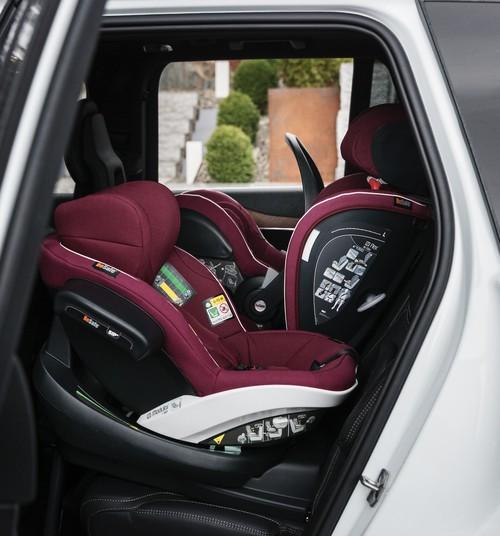 Kam pievērst uzmanību, izvēloties autokrēsliņu savam bērnam?