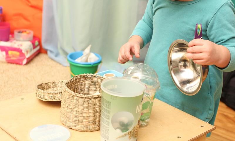 #TEIRDARBS: meklējam Māmiņu kluba bērnu pieskatīšanas grupai audzinātāju!