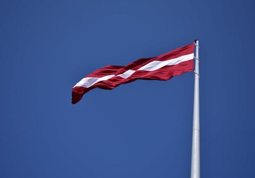 10 idejas kā sagaidīt Latvijas dzimšanas dienu