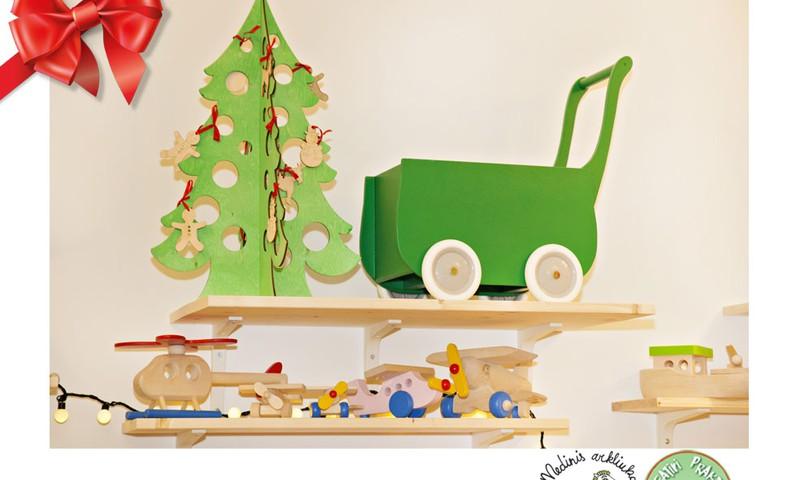 Huggies® svētku dāvanu katalogs: koka rotaļlietas Tavai atvasei