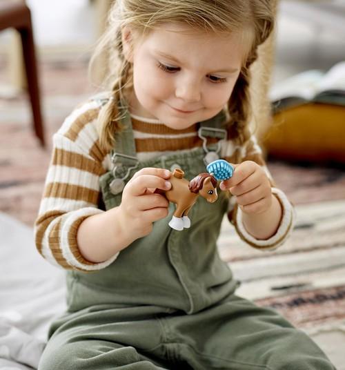 Kā stiprināt bērna pārliecību par sevi? Labākais veids – ar jautrām rotaļām!