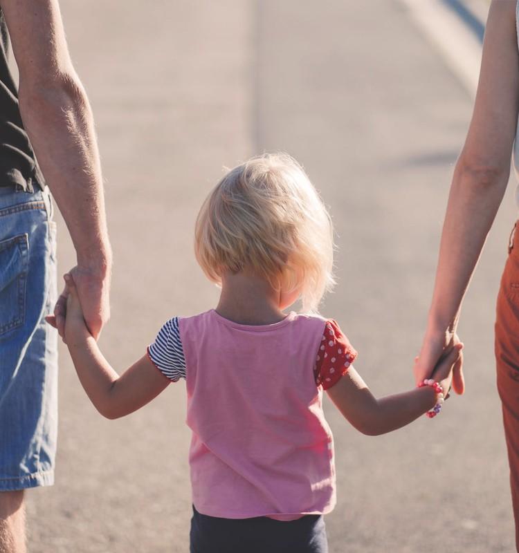 No jūlija stājas spēkā bērna adopcijas pabalsts