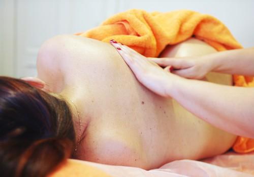 Būsim skaistas: masāžas sievietēm, grūtniecēm un jaunajām māmiņām Māmiņu Klubā pašā Rīgas centrā