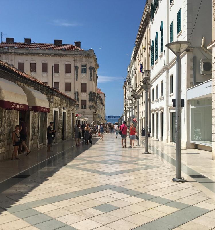 Braucam ar bērniem uz Horvātiju: Splita