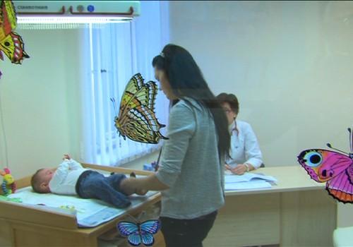 VIDEOtikšanās ar mājdzemdību bēbīti un ārsta padomi, kā ārstēt ādas iekaisumus