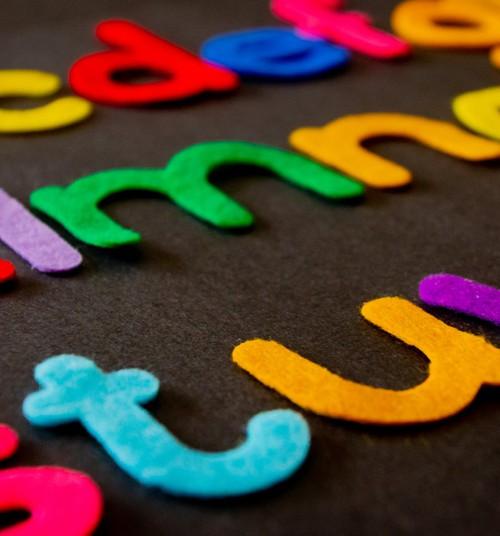 10 idejas, kā iemācīt bērnam alfabētu