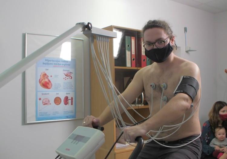 SuperBēbis 2020: Sirds veselības pārbaude vecākiem