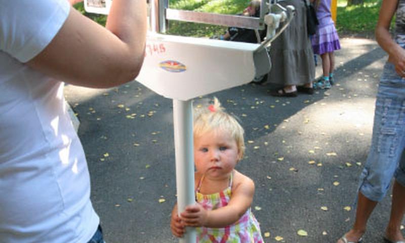 Gandrīz 500 bērnu vecāki uzzināja sava bērna augšanas rādītājus