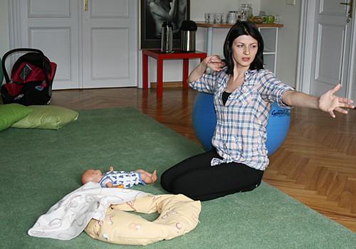 FOTOREPORTĀŽA: hendlinga nodarbība kopā ar fizioterapeiti Kristīni Baranovu