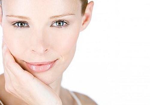 Dermatoloģe: Sejas āda ir iekšķīgu problēmu spogulis