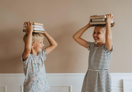 Ergonomika itin visā jeb Septiņi ieteikumi, lai pirmklasniekam stalta stāja un prieks kustēties