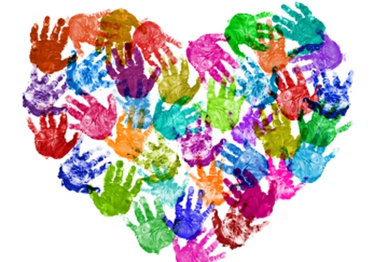 Aptauja: kas labs Latvijā ir priekš daudzbērnu ģimenēm?