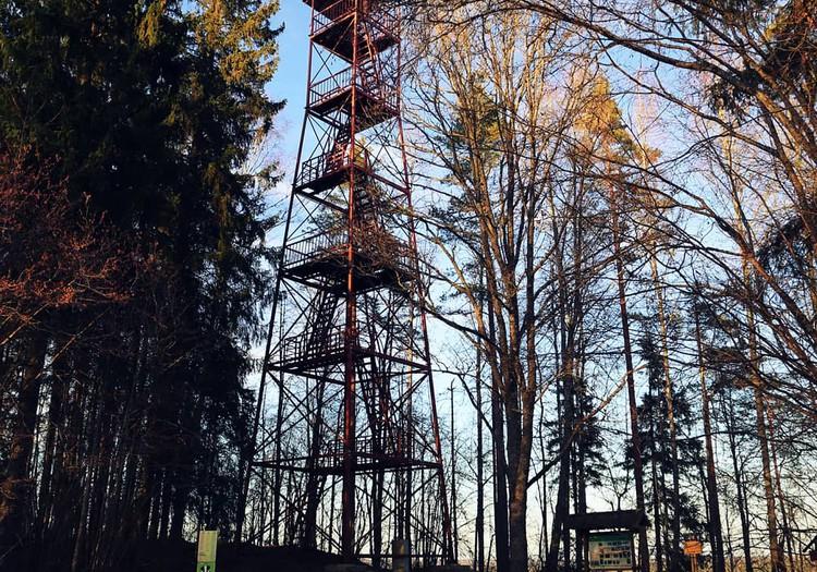 Ceļojam pavasarī- Krustkalnu skatu tornis