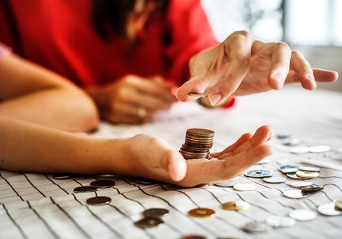 Radošas aktivitātes bērniem naudas pasaules iepazīšanai