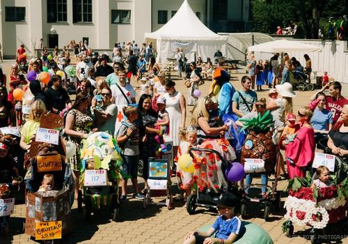 VIDEOieskats,kā mums gāja Māmiņu Kluba vasaras festivālā!