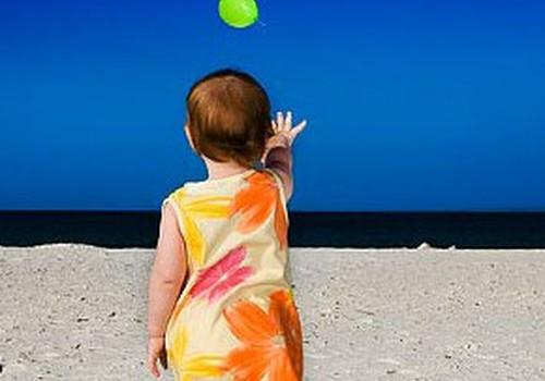 Kad bērns iemācās atvadīties?