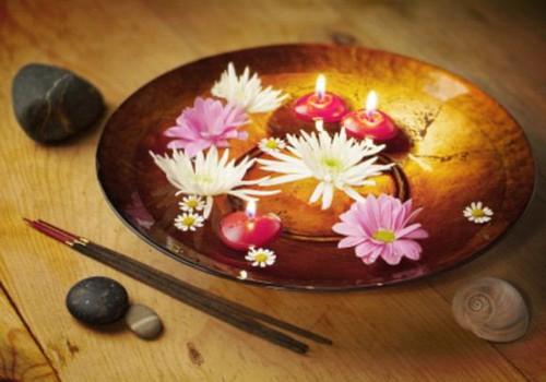 Turpinām draudzēties ar Baha ziediem