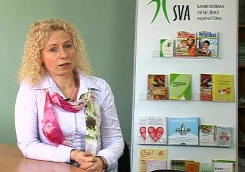 VIDEO: Māmiņa pēc 30 gadiem
