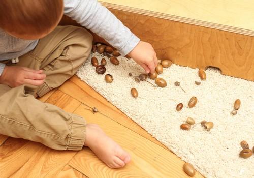 FOTO Huggies@ Brīnumu istaba: Ko NEDARĪT* rotaļājoties ar bērnu 16-24 mēnešu vecumā
