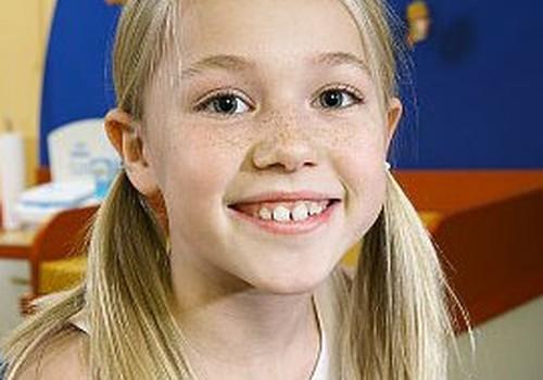 Vai saldie dzērieni tiešām bojā bērna zobus?