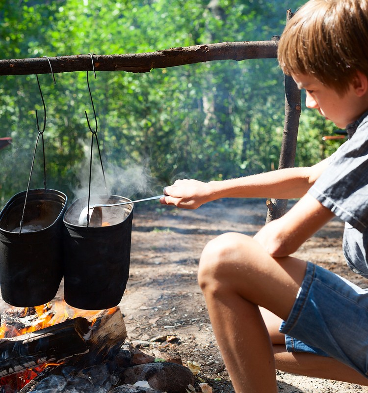 Apdegumi un applaucējumi – kā pasargāt bērnu?