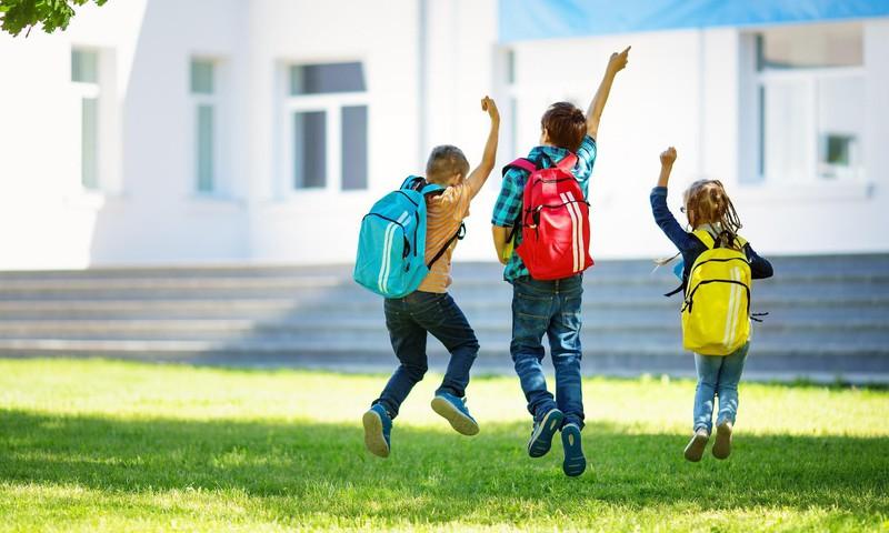 Kādi drošības pasākumi jāievēro skolēnu brīvlaikā saistībā ar Covid-19?