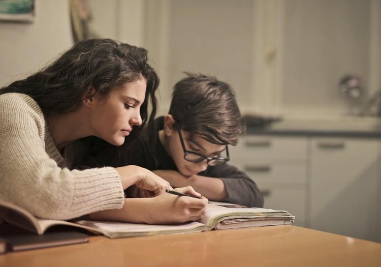 Tuvojoties mācību gada noslēgumam, Saeima pieņem lēmumu par mācību gada nepagarināšanu jaunāko klašu skolēniem