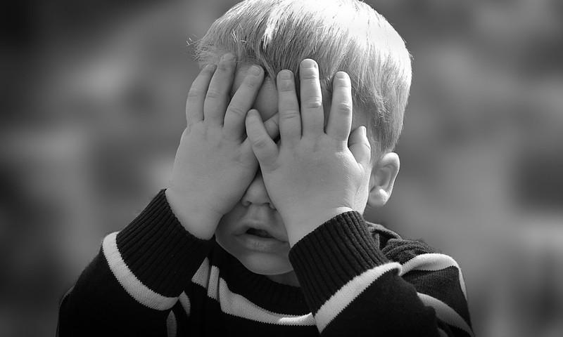 7 rotaļas, kuras spēlēt ar bērniem vecumā līdz 3 gadu vecumam, lai attīstītu viņu emocionālo inteliģenci