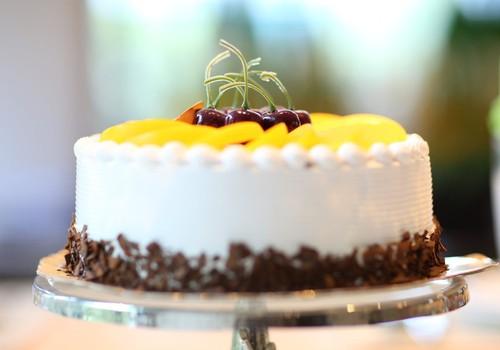 Kur pasūtīt kūku bērnu ballītei? Mammu ieteikumi