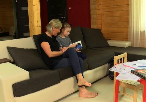 30.07.2017.TV3: ķeizargrieziena operācija, bērna staidzināšana, pirmā vannošana