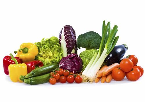Piebarojums no paša sākuma līdz 1 gada vecumam: ieteikumi un augļu/ ogu ieviešanas TABULA