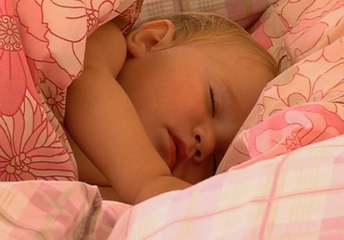 VIDEO: kā veidojas mazuļa miega režīms?