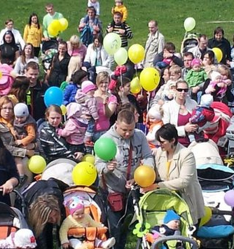 """Māmiņu Klubs"" sola protestus"